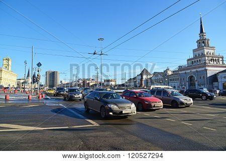Moscow, Russia -February 18.2016. Traffic on Komsomolskaya Square near a Kazansky railway station