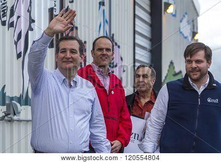 Ted Cruz Waving To The Crowd.