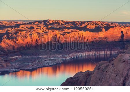 Powell Lake in USA