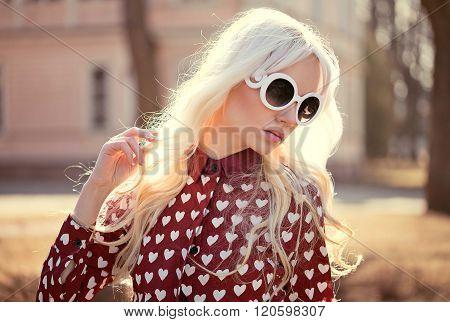 Beautiful Blonde Girl In Sunglassses