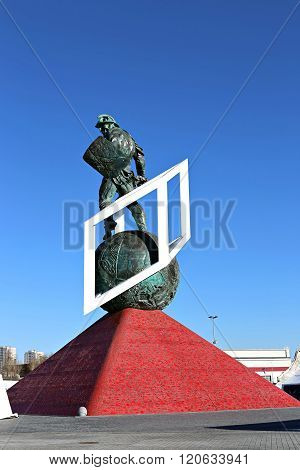 Monument To The Gladiator Spartacus In Moscow