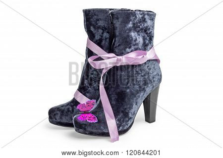 Gray suede women's boots with ribbon and butterfly
