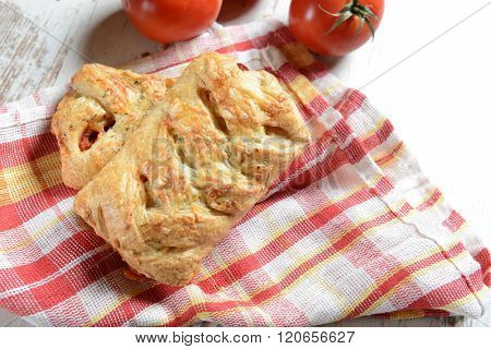 Rolls Stuffed With Tomatoes And Cheese
