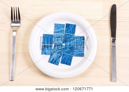 Solar cells on plate