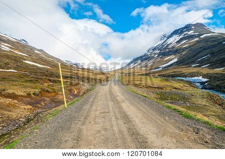 Gravel road on the way to Mjoifjordur in east Iceland
