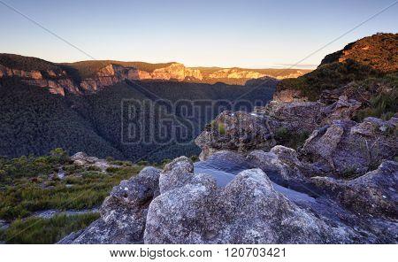 Pierces Pass Blue Mountains