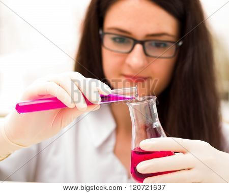 Wise Student With Chemical Analysis