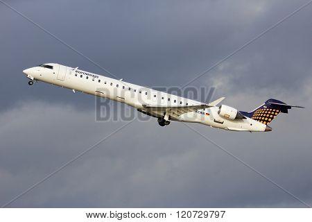 Eurowings D-acnx (canadair Regional Jet
