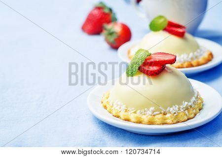 Strawberry White Chocolate Cream Cheese Mousse Cake