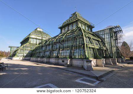 Palmenhaus Schoenbrunn In Wien