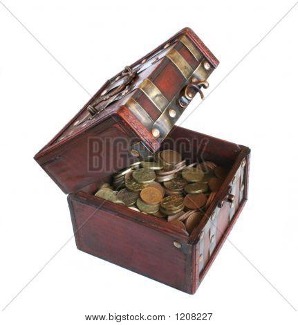 Cofre con dinero del oro