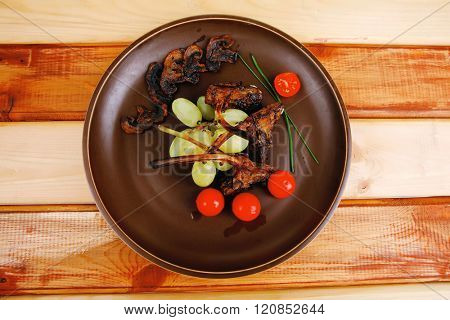 eye ribs served on dish on table