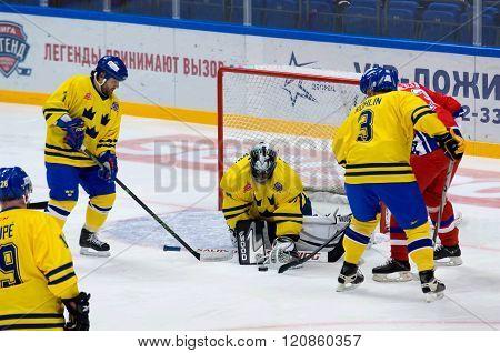A. Lilljebjorn (30) Catch A Puck
