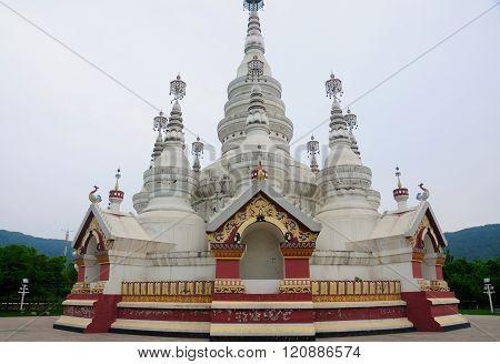 Manfielong Pagoda