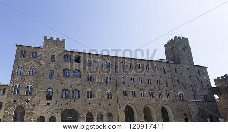 Historic Building In San Gimignano - Tuscany - Italy