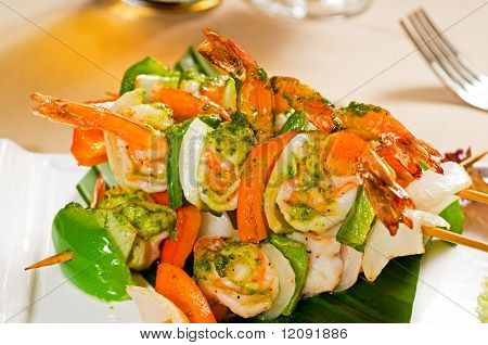 Shrimps And Vegetables Skewers