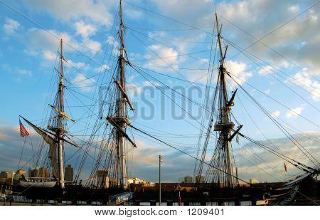 Uss Constitution, Boston Harbor, Ma