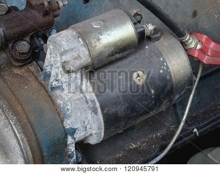 Old Engine Starter