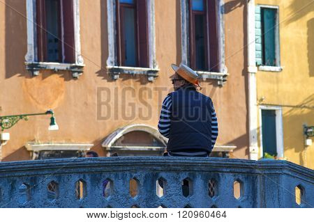 Gondolier On The Bridge