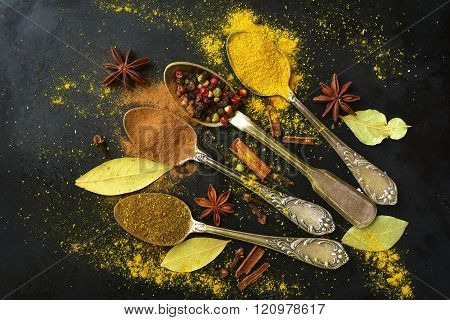 Set Of  Teaspoons With Spices .