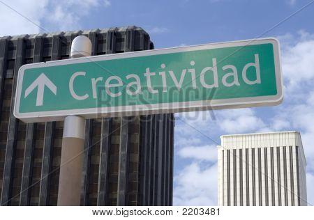 Creatividad Adelante