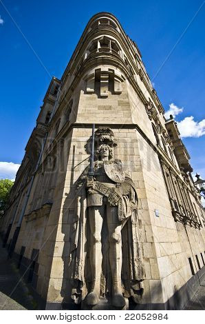 Roland-statue