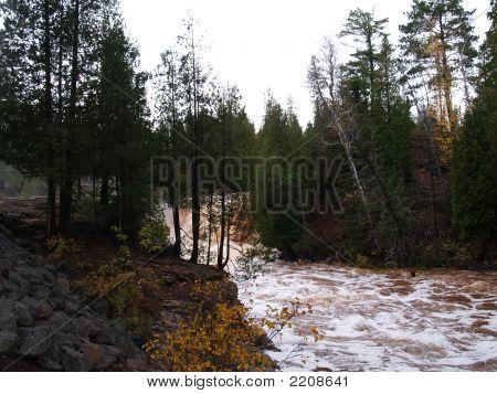 Gooseberry Falls (Distant Upper Falls)