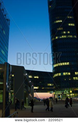Bussines Bereich mit blauer Himmel