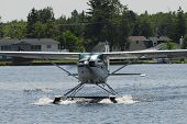 picture of hydroplanes  - photo token in Canada to a hydroplane in june 2007 with D200 digital camera - JPG