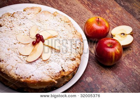 Cheesecake With Sour Apples