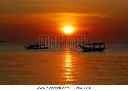 Barco de pescadores Dhow