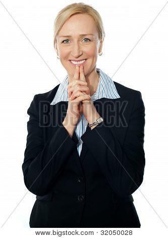 Representante de fêmea sênior, sorrindo
