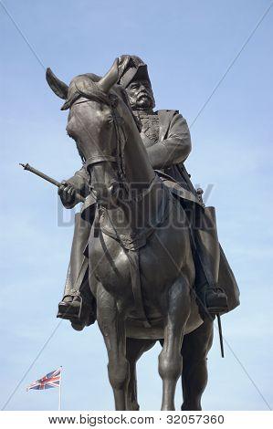 Prince George, Duke of Cambridge statue