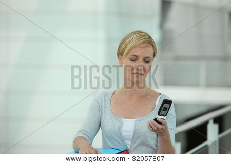 Portrait of woman with cellphone