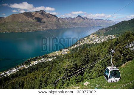 Skyline Gondola To The Bobs Peak