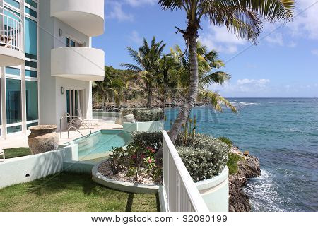 Caribbean Life at Lighthouse 3C Complex in Saint Martin