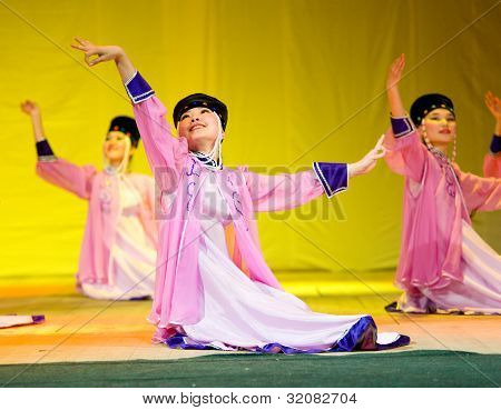 Buryat (mongolian) Dancers
