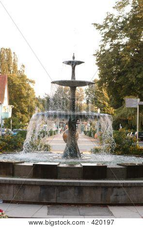 Brunnen - Well - Allee - Germany