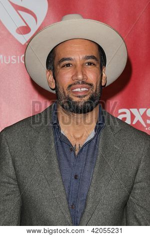 LOS ANGELES - FEB 8:  Ben Harper arrives at the 2013 MusiCares Person Of The Year Gala Honoring Bruce Springsteen  at the Los Angeles Convention Center on February 8, 2013 in Los Angeles, CA