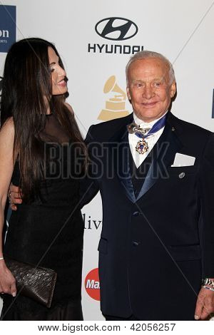 LOS ANGELES - FEB 9:  Carolyn Hollingsworth, Buzz Aldrin arrives at the Clive Davis 2013 Pre-GRAMMY Gala at the Beverly Hilton Hotel on February 9, 2013 in Beverly Hills, CA