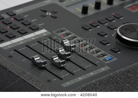 Interfaz de Control de audio