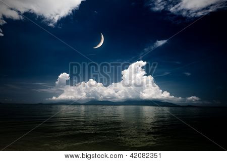 night sea and moon