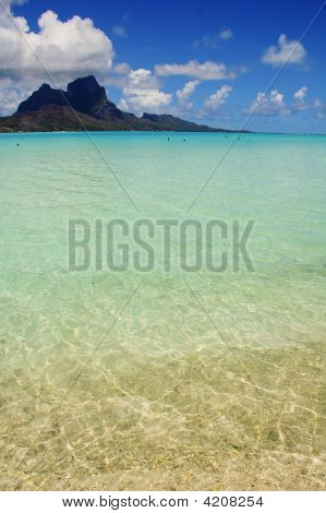 Bora Bora Lagoon Waters