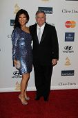 LOS ANGELES - FEB 9:  Julie Chen, Les Moonves arrives at the Clive Davis 2013 Pre-GRAMMY Gala at the