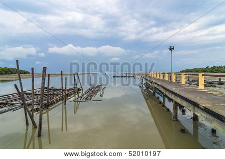 A Jetty Reflection