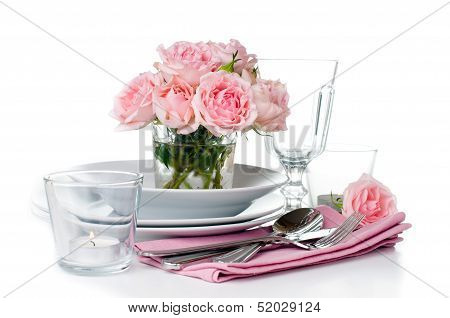 Luxurious Table Setting With Pink Roses