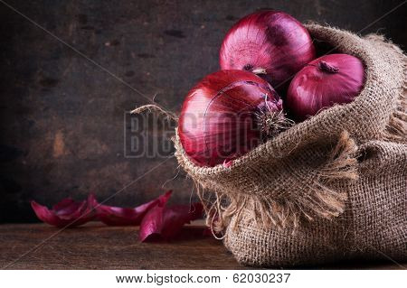 Sweet Red Onions
