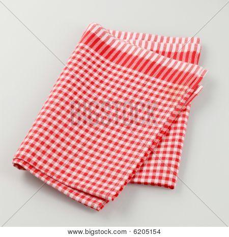 Toalla de té rojo y blanco