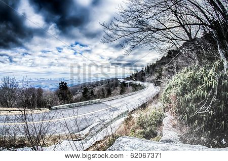 Linn Cove Viaduct Winter Scenery