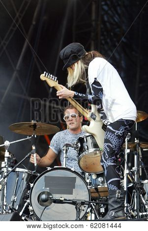 BUDAPEST, HUNGARY - AUG 13: The English rock duo The Ting Tings in concert at the annual Sziget music festival on Thursday, August 13, 2009. in Budapest, Hungary. The Ting Tings Jules De Martino and Katie White.